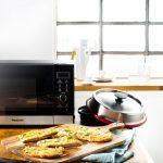 Whole-Wheat Pizza Breads with Cheese Und Ricotta Recipe