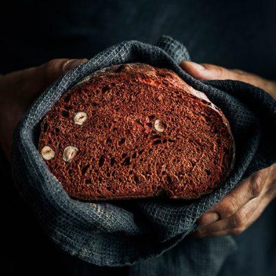 Red Spelt Flour Bread with Hazelnuts Recipe