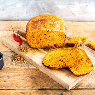Brood met paprika's en chili recept