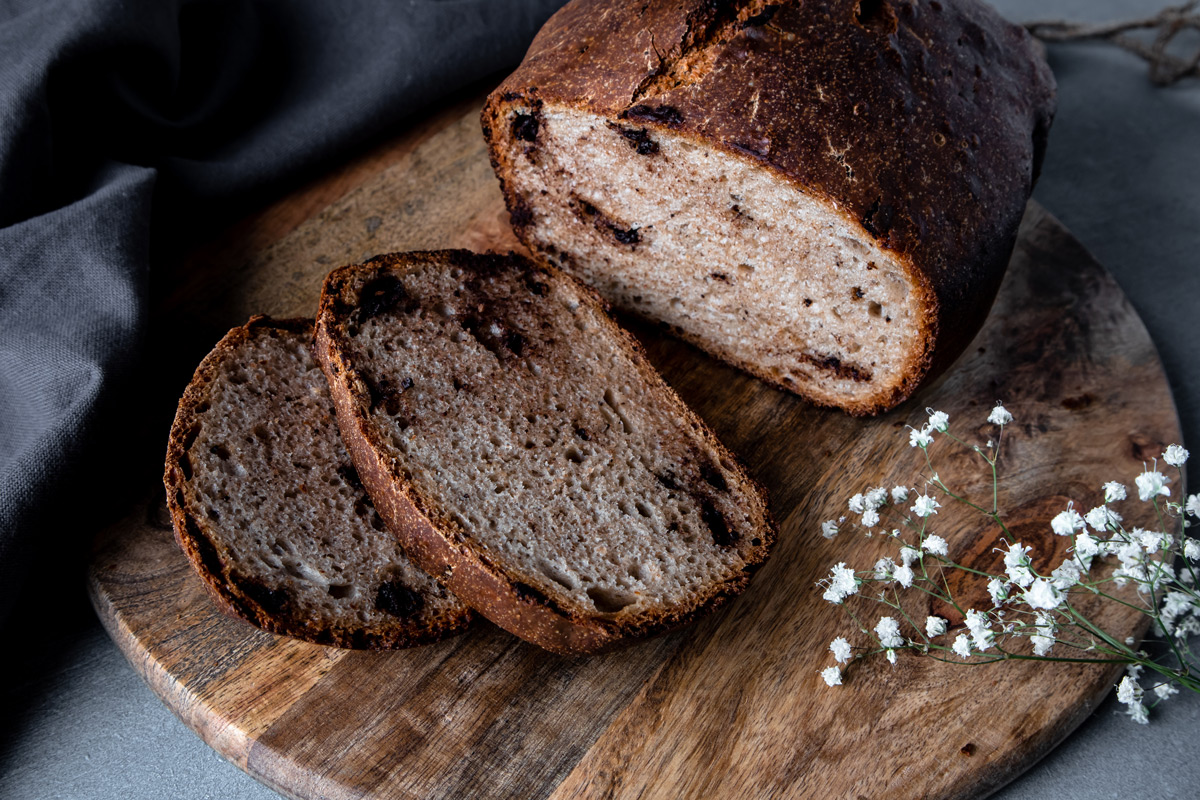 Spelt and Chocolate Bread