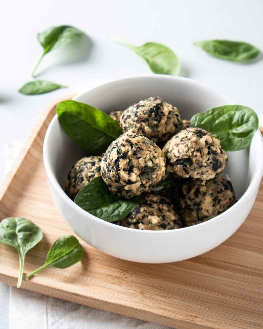 Tofu and spinach meatballs