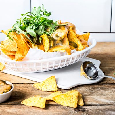 Nachos with Hot Cheese Sauce Recipe