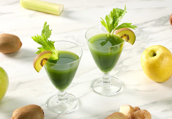 Kiwi and Vegetable Juice