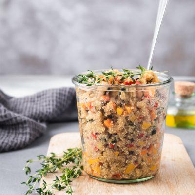 Quinoa alle verdue in vasocottura con microonde