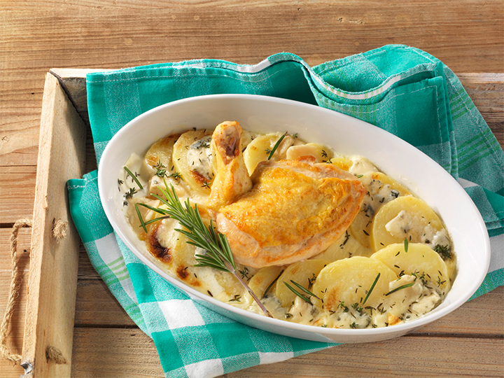 Chicken Breast with Gorgonzola and Potatoes