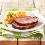 Recette de rouleau kassler rôti avec carottes et pommes de terre