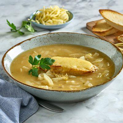 Zuppa di cipolle francese