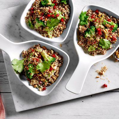 Recette de bol végétarien de quinoa<br>et brocoli à la vapeur