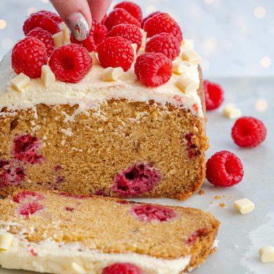 Cake au chocolat blanc et aux framboises