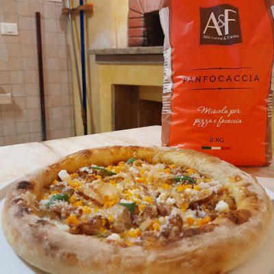Pizza quasi carbonara