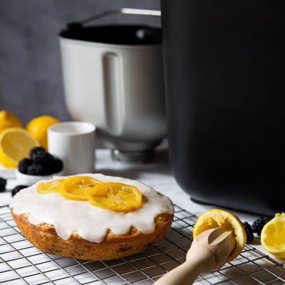Recette de gâteau citron mûres vegan et sans gluten