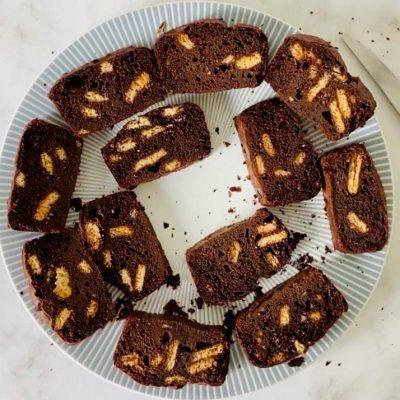 Recette de gâteau au chocolat & aux biscuits