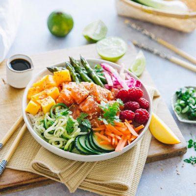Recette de pokebowl au saumon