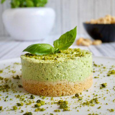 Cheesecake salata al pesto di basilico